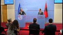 Bosnja heq pasaportat për shqiptarët, por s'ndryshon qëndrim për Kosovën