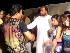 Pathan Sexy Girl Lovly Mujra in VIP Style 2015