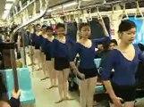 台北捷運出現快閃族!!! Taiwan Taipei Metro Flash Mob Ballet Dancers 2006
