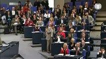 Volker Kauder zur Hilfe für den Euro