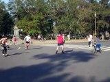 Mas roller hockey en el Rosedal de Palermo. Buenos Aires Argentina