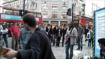 Londres: Banda de rock em Oxford Circus (HD)