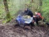 Quad hytrack80 XL dans la boue, burn, et cabrage :D