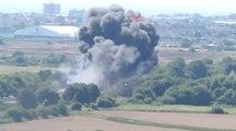 Une vidéo amateur montre le crash d'un avion de chasse lors d'un meeting aérien en Angleterre
