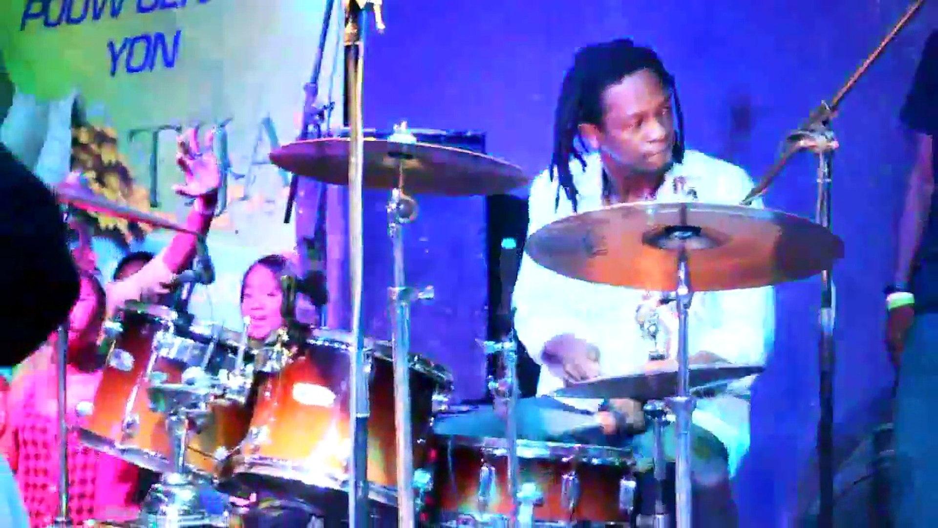 Boukman eksperyans pepe ye live performance