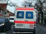 72-es és a 303-as Gyermek MOK vonulása... Hungarian ambulance car in Budapest (inside view)