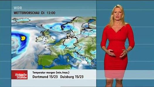 Claudia Kleinert WDR-AKS-Wetter im roten (fast) Minikleid - YouTube