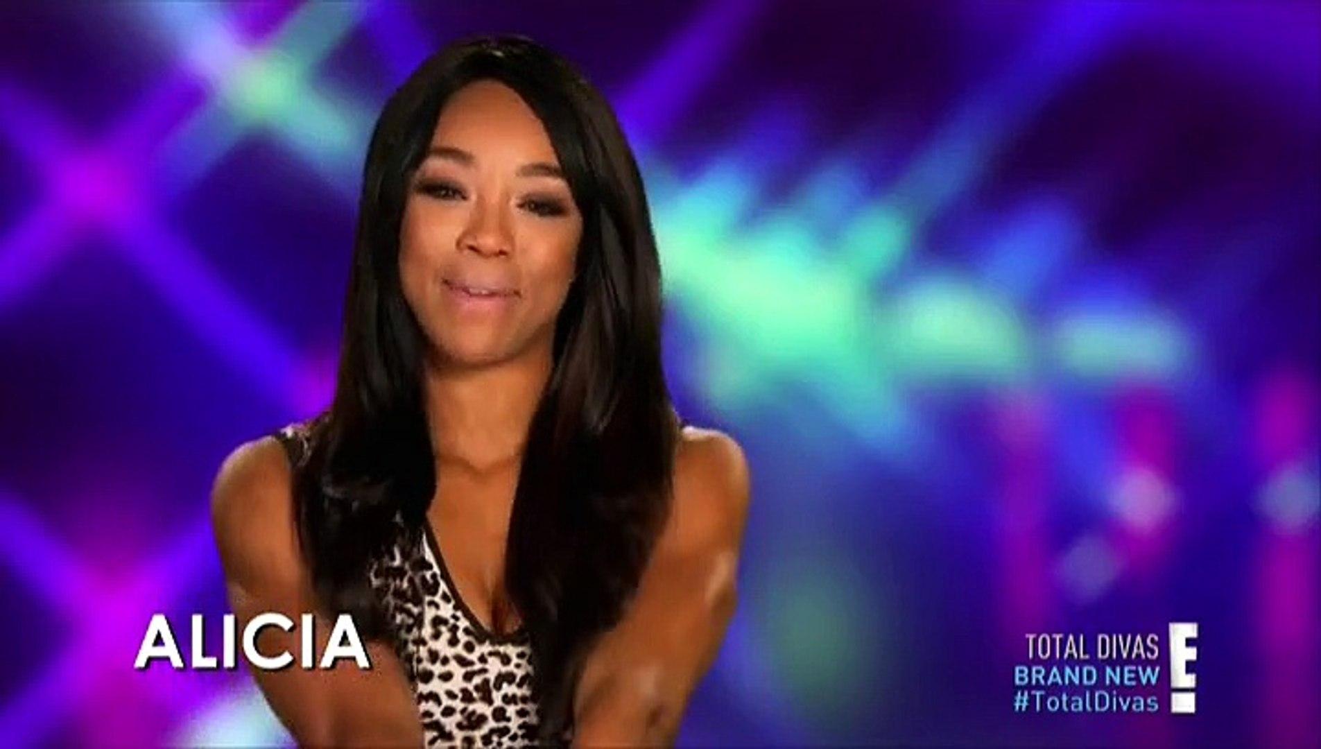 joka on Alicia Fox dating 2014
