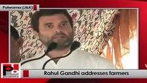 Rahul Gandhi addresses farmers at Pulwama, slams BJP-PDP govt