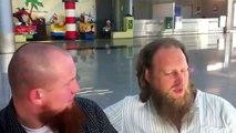 Pierre Vogel und Abdur Raheem Green nach der Kundgebung in Koblenz