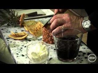 Peler à vif un ananas - Philippe Renard