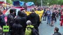 «Les nazis dehors» : une bagarre éclate lors d'une manifestation pro-réfugiés à Berlin