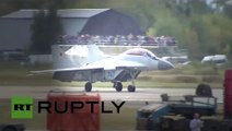 MAKS 2015 Air Show   New MiG 35 fighter jet vs Yak 130 light attack aircraft in MAKS 2015