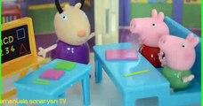 Pig George e Peppa Pig na Volta as Aulas!!! Em Portugues TototoyKids peppa portugues
