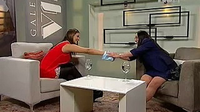 Entrevista con Julieta Fierro en Galería VIP