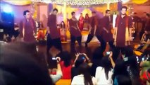Hammad and company dancing on chamak challo at mehndi