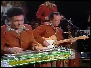 Roy Nichols playing with Merle Haggard (Vintage)