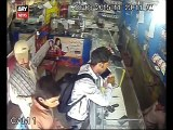 Mobile shop robbed in 4 Min