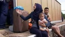 Hongrie : des migrants syriens, expulsés d'un train, refusent d'être emmenés par la police