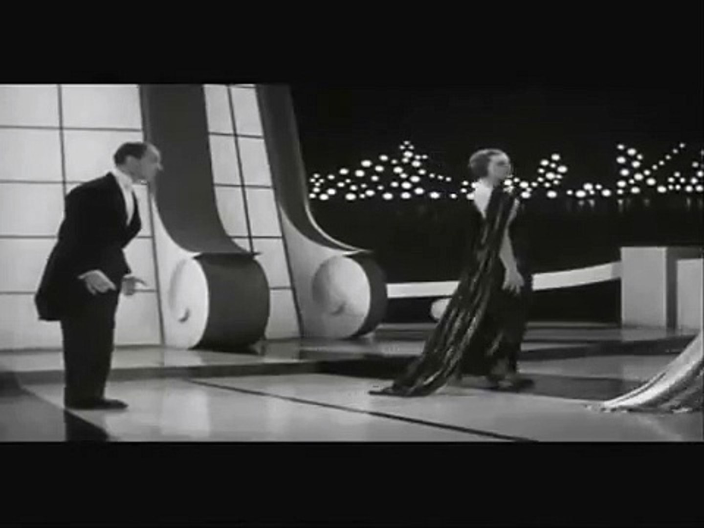 Fred Astaire Ginger Rogers Let S Face The Music And Dance 1936 Video Dailymotion