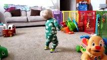 Funny Videos   Funny Babies Laughing And Dancing   Bebes Chistosos Bailando Hip Hop Y Reggaeton 2015