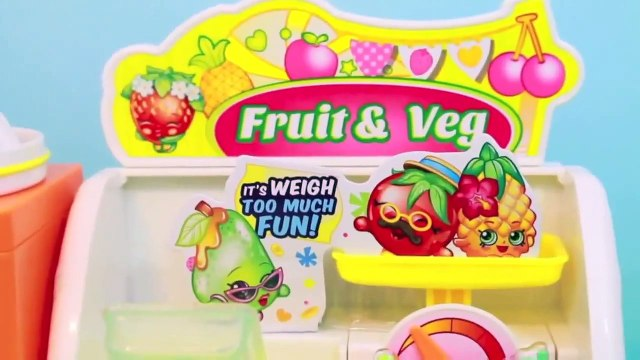 Shopkins Peppa Pig Frozen ELSA Go Shopping Shopkins Fruit and Veg Stand AllToyCollector