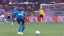 Funny football Planchazo de Ronaldinho Gaucho y se salvo de la expulsion  Fluminense 1 Vs 0 Gremio