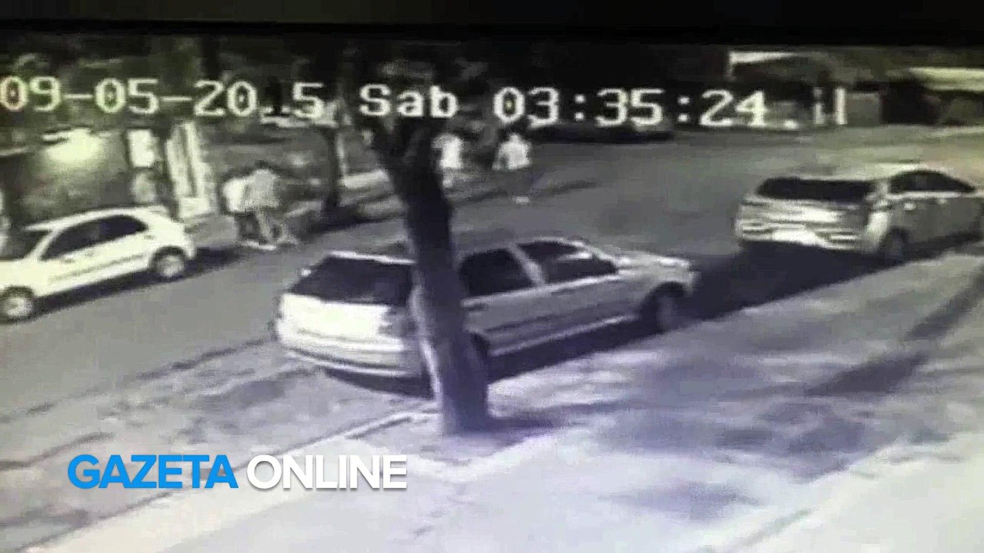 Jovens ignoram cantada e são agredidas com socos em Jardim da Penha