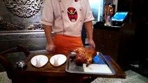2014/10/23 Cutting Peking Duck, Lao Beijing Qianmen Kaoya (老北京前門烤鴨店) , Shanghai, China