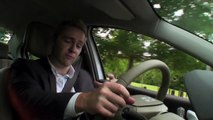 Keith Barry tries Renault Fluence Z.E. in Ireland !