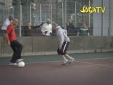 Henry plays street football. Joga Bonito