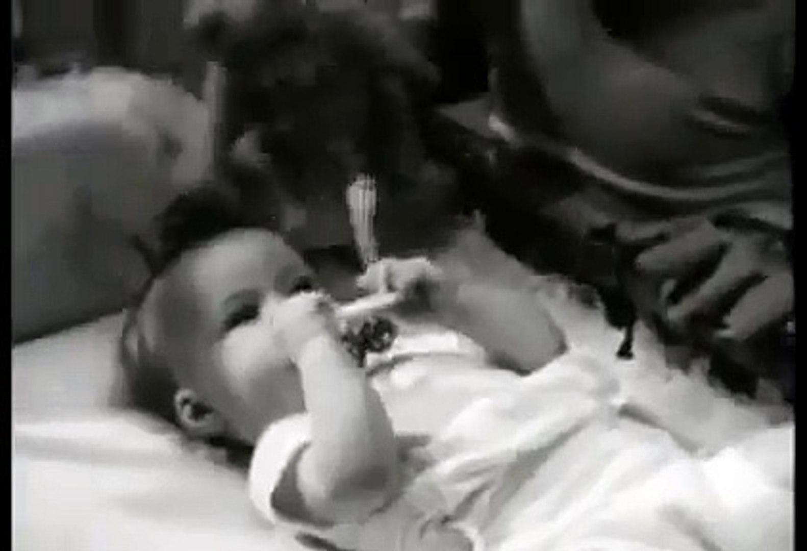 VINTAGE 1958 PET EVAPORATED MILK COMMERCIAL ~ CUTE BABIES