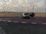 شل نيسان ... driving nissan patrol in 2 wheels in UAE ...