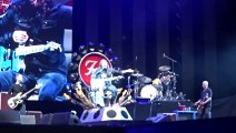 The Foo Fighters played with Queen and Led Zeppelin - Foo Fighters, Under Pressure, John Paul Jones, Roger Taylor, Milton Keynes 2015