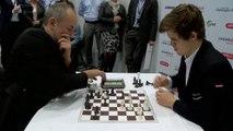Partie d'échecs très rapide : Magnus Carlsen vs. Espen Agdestein