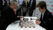 Partie d'échecs très rapide  Magnus Carlsen vs. Espen Agdestein