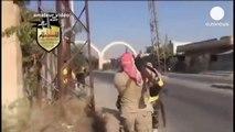 Les rebelles syriens aux portes de Damas, combats violents avec les forces d'Assad (video amateur)
