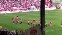 Aberdeen - Kairat Almaty : ambiance à l'entrée des joueurs