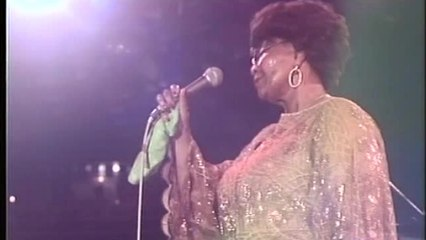 Ella Fitzgerald, Count Basie Orchestra - (I Don't Stand) A Ghost Of A Chance With You