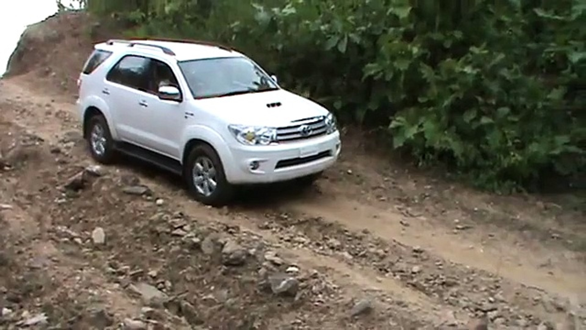 4x4 Off Road Fortuner M2u00326 Mpg Video Dailymotion
