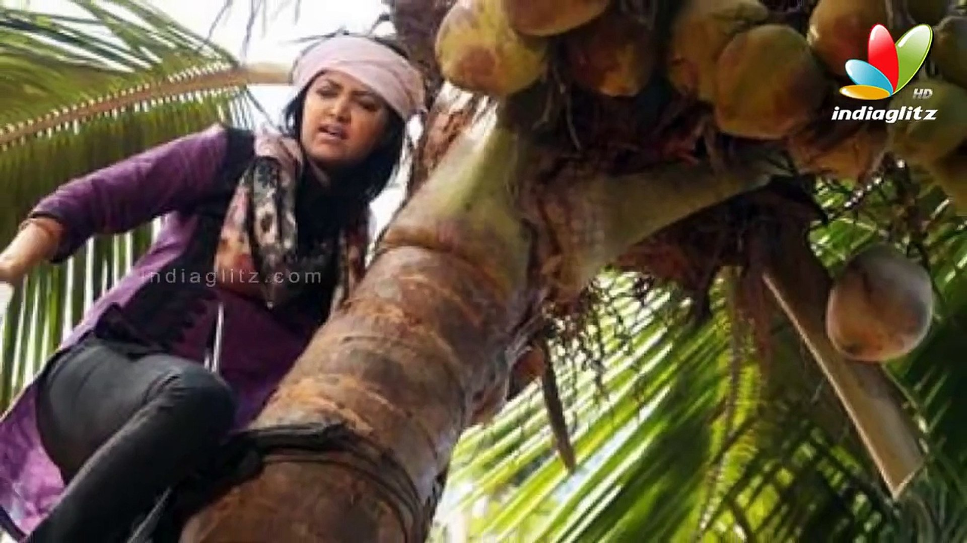 Mamta Mohandas Climbing Coconut Tree I Latest Hot Malayalam Movie News