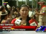 Día de la Hispanidad 2013 venezolanos disfrazados de indígenas con Hugo Chávez