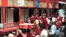 Myanmar 2012 - Maha Ganayong Kyaung: monks, monks, monks... (1129)
