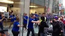 iPhone 4S launch Apple Store Sydney