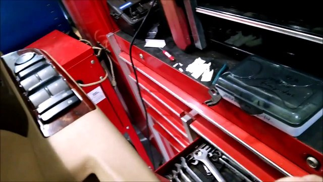 2013 Chevy 2500 HD with a broken armrest on the left inside door handle