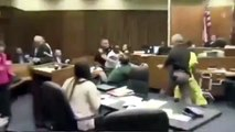 Dad Punches Daughter's Killer in Court - Father Attacks His 3-Years-old Daughter's Killer in Court