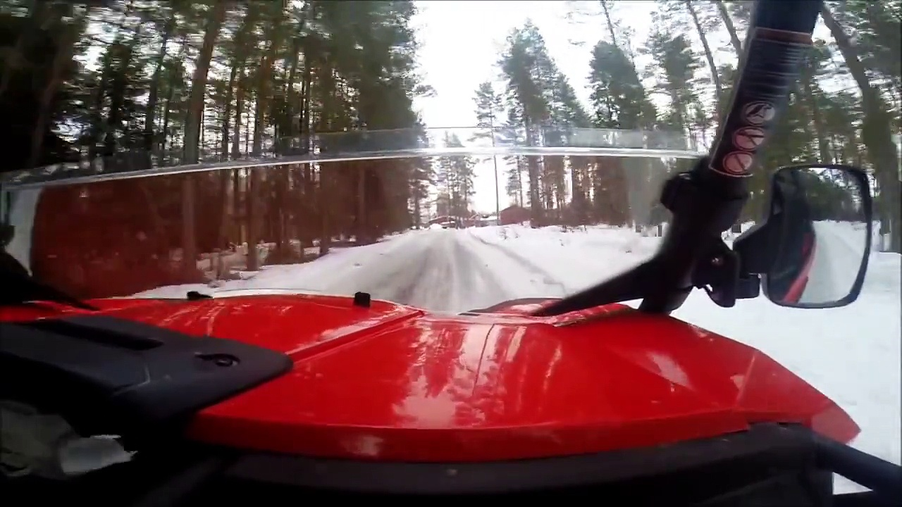 Can Am Commander 800R 2014 – Icy road