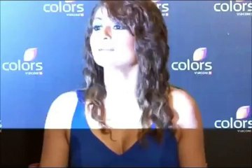 Urvashi Dholakia looking stunning in blue v neck dress