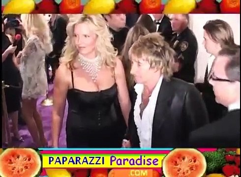 ROD STEWART and PENNY LANCASTER arrive at Grammy party