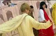 yesung ryeowook kyuhyun eunhyuk shindong sungmin doing indian dance on shinwha bangshow e28 120922 h